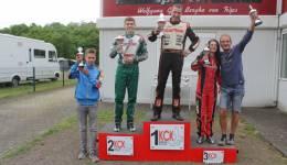 Das Siegerpodest mit Shanice Peck auf Platz drei (Foto: Ralph Monschauer- motorsport-xl.de)